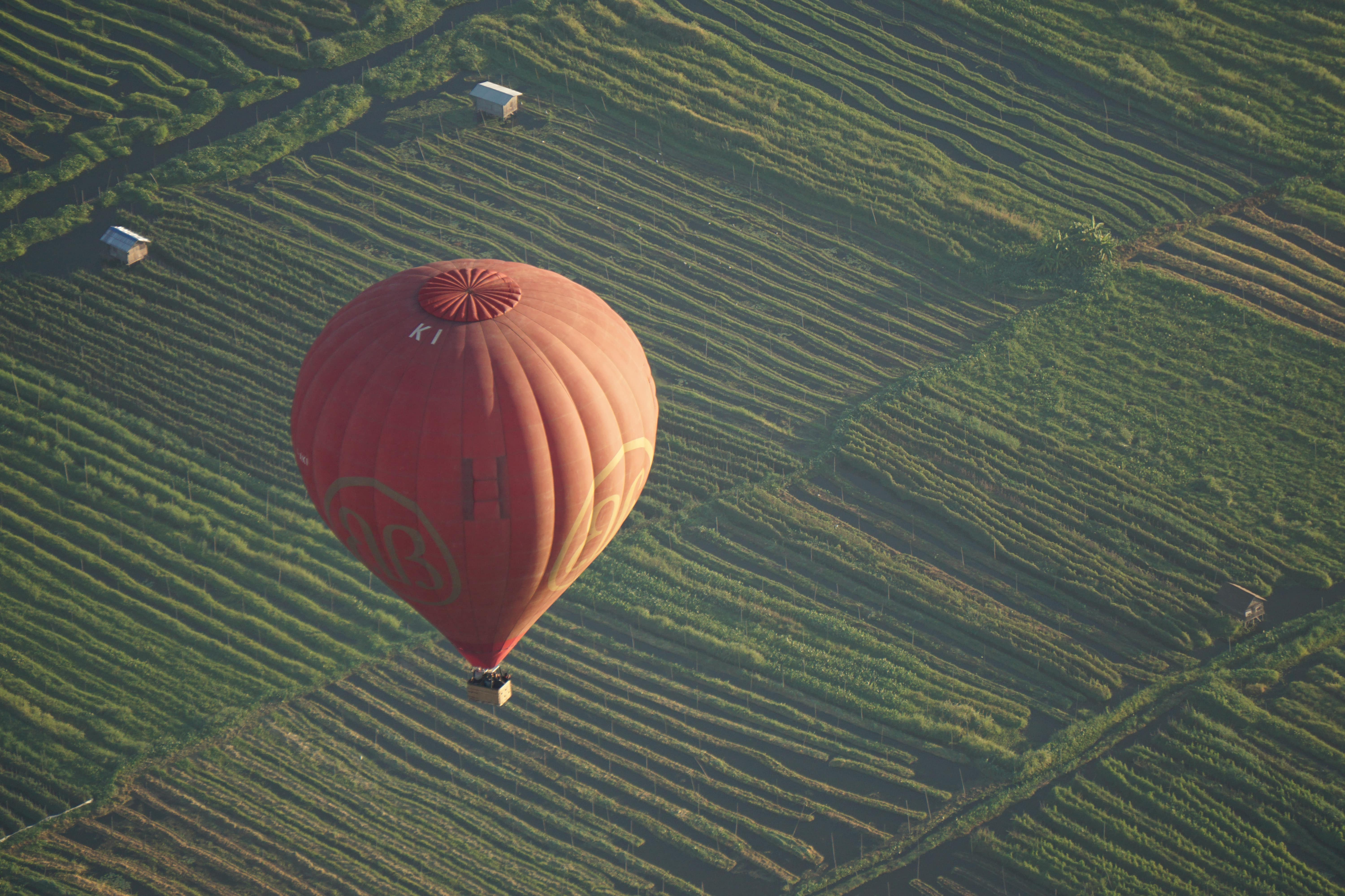 Ballooning in Inle